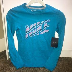 NWT Nike long sleeve girls teal/turquoise shirt